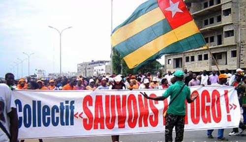 Manifestation-du-CST-au-Togo-500