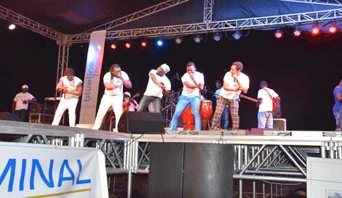 concert_ebola_bollore