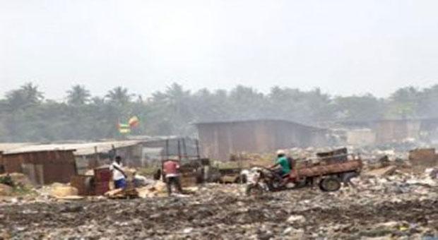 Un dépotoir en pleine ville de Lomé, Togo   Photo : Archives / Liberté