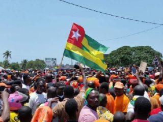 Révolution Togolaise : Le Tour de Garde, Le Temps de la Proactivité
