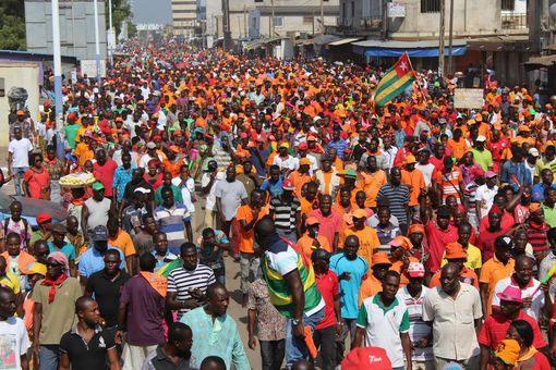 Togo : Face à la détermination grandissante du Peuple togolais, Faure Gnassingbé choisit la répression militaire.