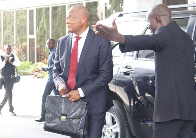Togo : Fabre discutera de la crise togolaise à l'Élysée et au Quai d'Orsay à la mi-juin