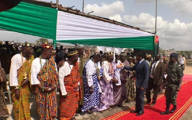 Togo / Les élèves, 'ce peuple' venu accueillir Faure Gnassingbé à Djagblé