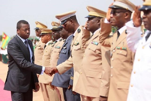 Togo, Faure Gnassingbé et son Armée : Rafles. Violations de domiciles. Et Prises d'otage. Jusqu'où ira cet homme ?