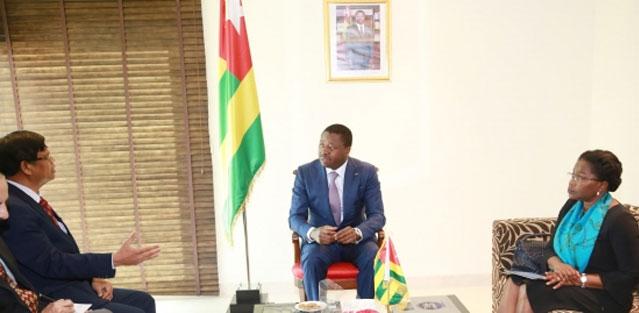 Togo / Faure Gnassingbé  à New Delhi à la Conférence pour l'Alliance Solaire Internationale