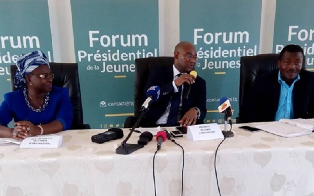 Togo / Dodzi Kokoroko arrange une rencontre entre Faure Gnassingbé et 3000 jeunes