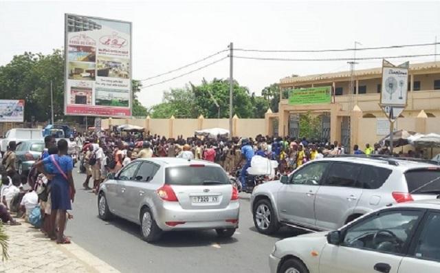 Grève des enseignants/Déchaînés, des élèves de certains établissements publics de Lomé délogent leurs camardes des privés