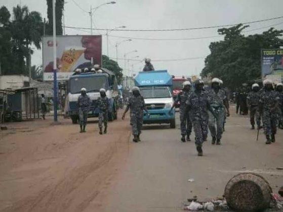 Togo/VIDEO/ Les militaires de Faure GNASSINGBE dans leurs actes de barbarisme