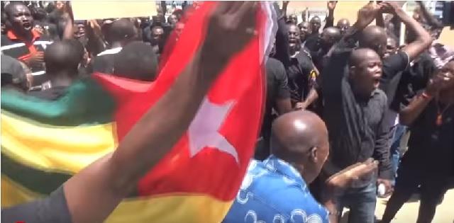 Togo/Vidéo : «La Synergie des Travailleurs du Togo, la bête noire qui fait toujours peur au gouvernement»