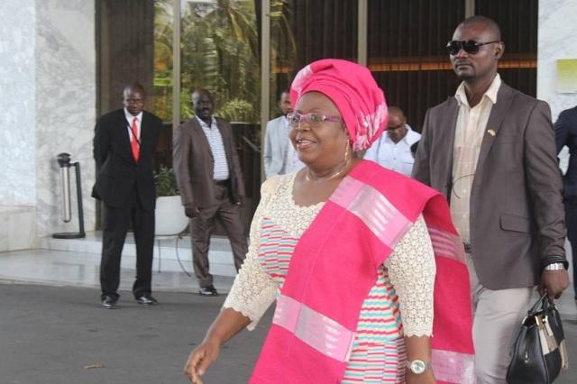 La coalition à l'aéroport de Lomé avant de savoir que le déplacement n'aura plus lieu