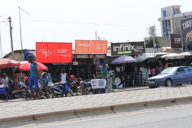 Togo: la crise politique s'enlise, l'économie souffre et les boutiques ferment