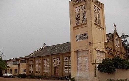 Insécurité : Des individus cagoulés ont fait irruption dans l'Eglise Sacré cœur d'Adjido