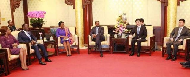 Faure Gnassingbé très sollicité par des opérateurs économiques à Pékin : Quatre dirigeants d'entreprises reçus mercredi