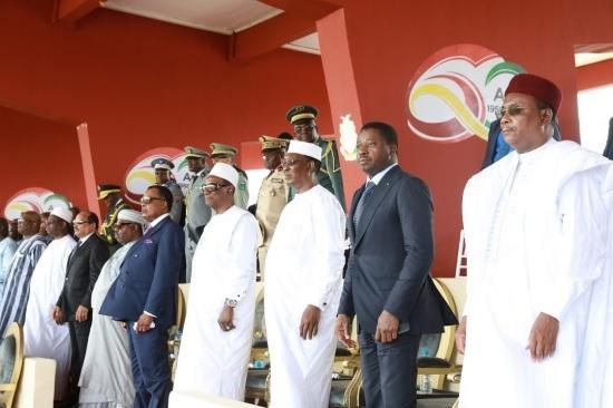 60ème anniversaire de l'indépendance de la Guinée : Le Président Faure Gnassingbé aux côtés d'une dizaine de ses homologues au stade du 28 Septembre de Conakry