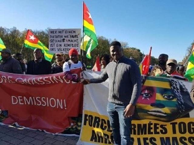 Berlin : Faure Gnassingbé ovationné par ses pairs, hué par des Togolais