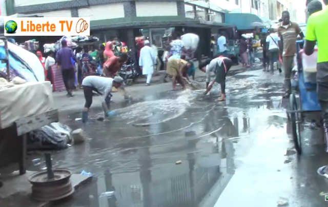Refoulement d'égouts au grand marché de Lomé | Capture d'écran : Liberté TV