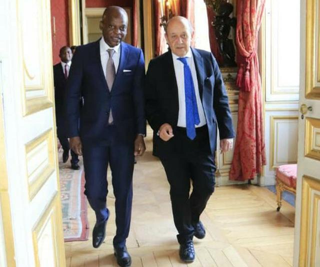 Robert Dussey et Jean-Yves Le Drian