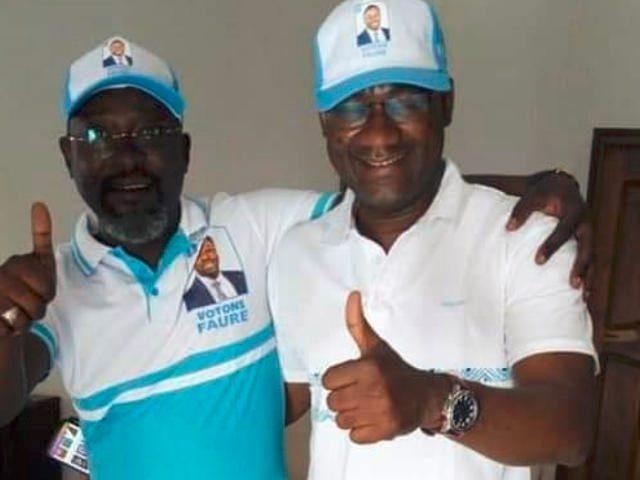 Le président de l'Université de Lomé Dodzi Kokoroko (droite) et ses acolytes militant pour le Faure/RPT-UNIR | Photo : DR